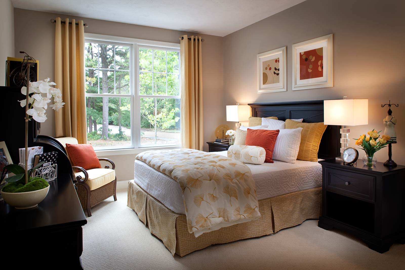 of main floor master bedroom at a retirement community on cape cod